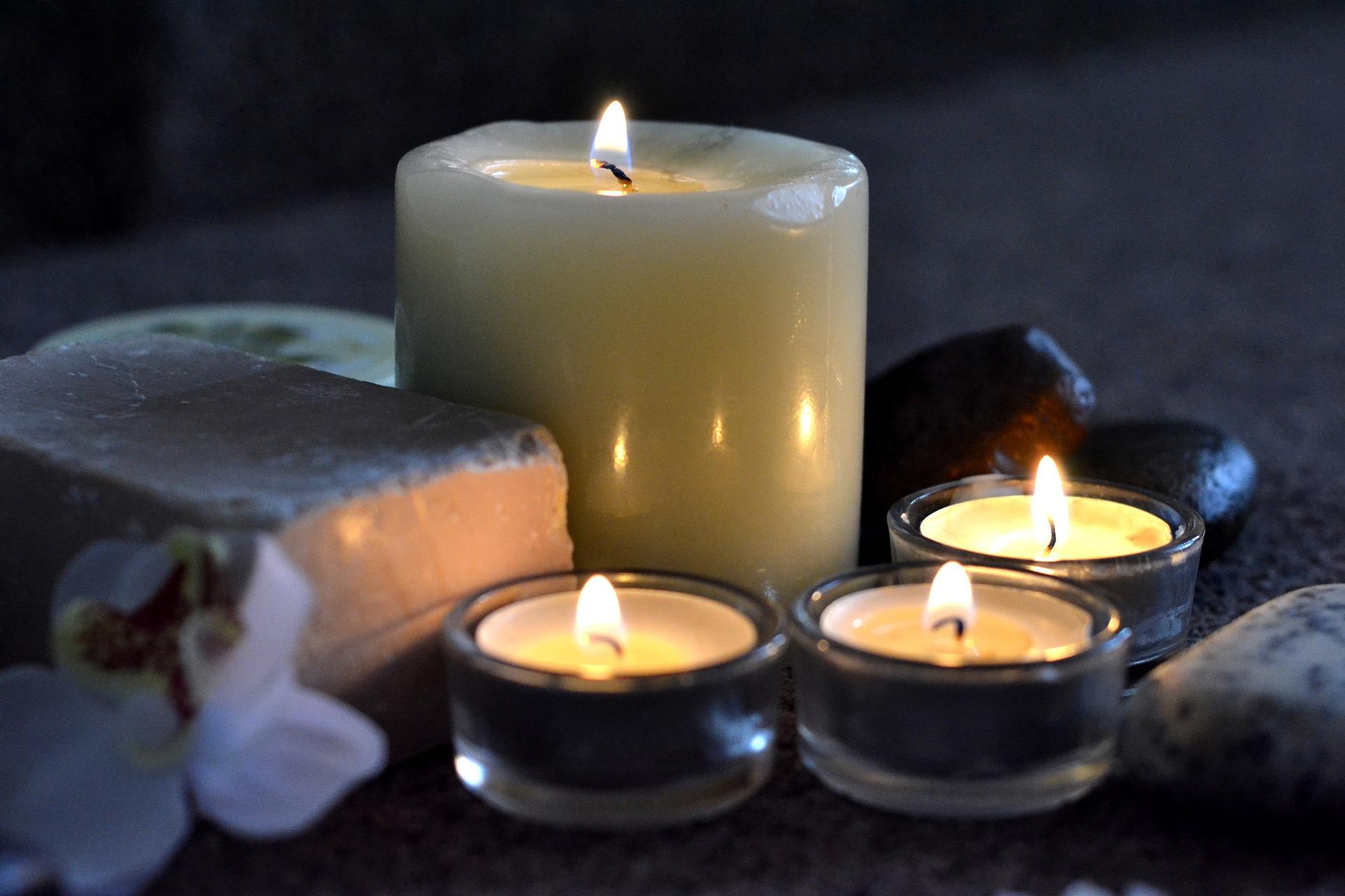 cocon enveloppant bien-être zen détente wellness bougies